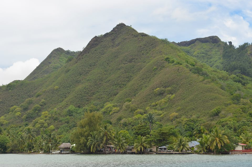 moorea-magic-mountain